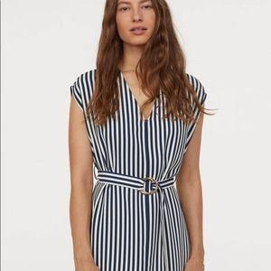 H&M Modern Classic Stripe Dress with Belt 4 NEW